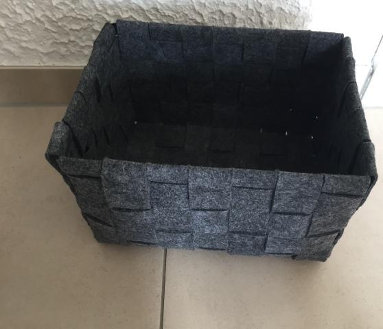 stilvolle k rbe zur ablage und aufbewahrung von lomos. Black Bedroom Furniture Sets. Home Design Ideas